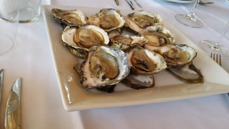 """Las ostras vivas, a quienes nos gustan, son extraordinarias en esta época. Meses con """"R"""""""