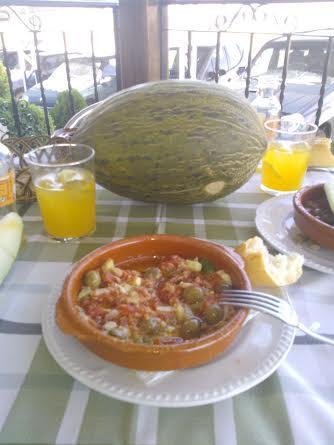 La pipirrana con melón, piña o cualquier otra fruta, es irresistible.
